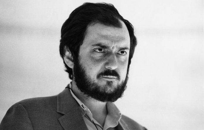 Stanley-Kubrick-2001-A-Space-Odyssey-696×442